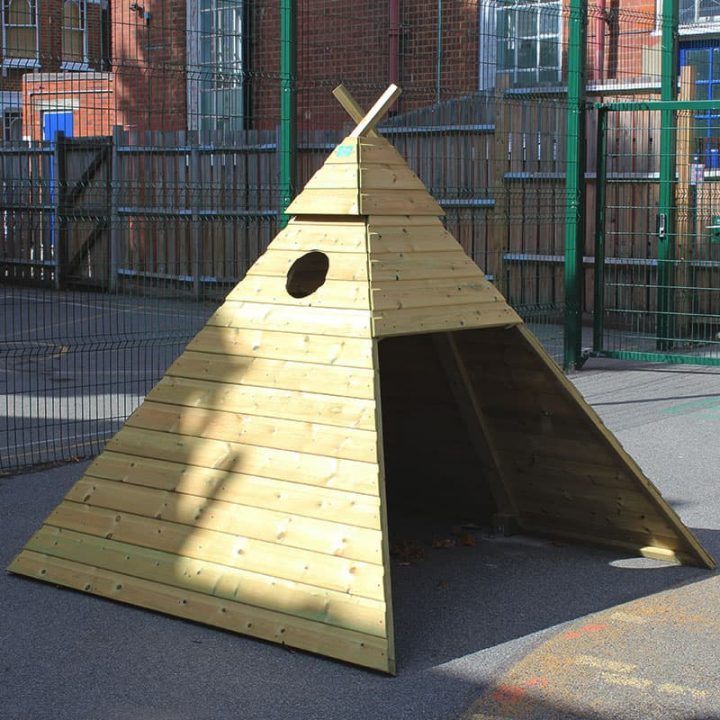 WoodenOutdoorTeepee SchoolPlaytimeHut