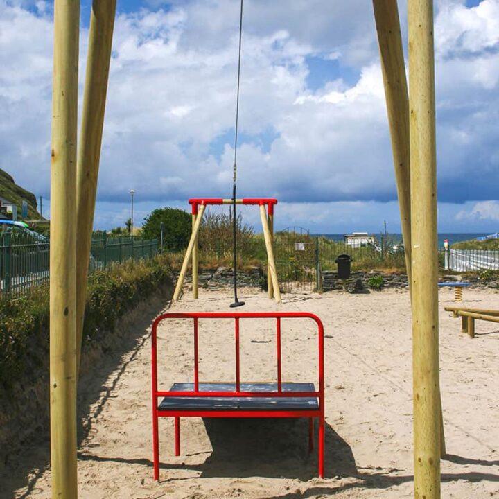 OutdoorPlayZipWire PlaygroundSwingsandZipWires