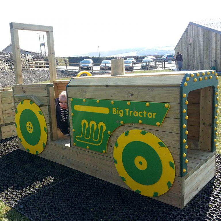 Timber Crawl Thru Play Tractor